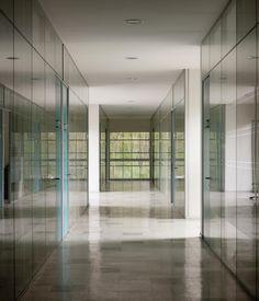 Gallery - UACh School of Economics and Management Sciences / Felipe Assadi + Francisca Pulido - 3