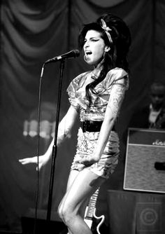 Amy Winehouse-what a tragic loss of an amazing singer,  beautiful singer