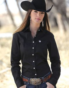Cinch Women's Long Sleeve Solid Button Down Shirt - Black Supernatural Style Mode Country, Hot Country Girls, Country Girls Outfits, Rodeo Outfits, Western Outfits, Western Wear, Cute Outfits, Cute Cowgirl Outfits, Sexy Cowgirl