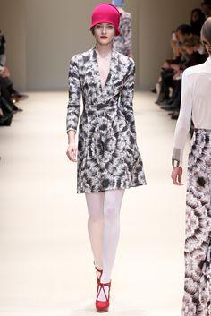 Cacharel - Pasarela- Mini dress fall 2012-2013