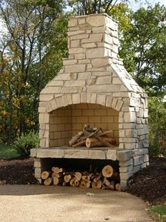 Outdoor Fireplaces & Fire Pits: Eden Snapped Veneer www.earthworksstone.net