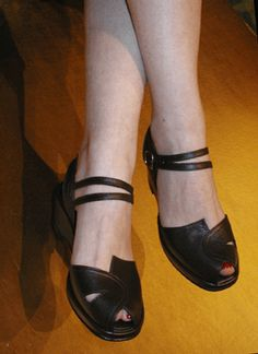 'Picasso' V-strap sandals from Re-mix Vintage Footwear