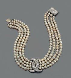 Fulco di Verdura Pearl A Diamond Necklace Pearl Necklace Designs, Pearl And Diamond Necklace, Pearl Jewelry, Bridal Jewelry, Antique Jewelry, Gold Jewelry, Vintage Jewelry, Fine Jewelry, Jewellery