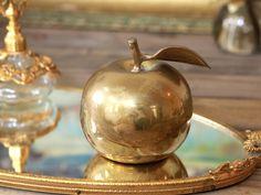 アンティーク 真鍮のりんご ベル リンゴ 呼び鈴 林檎 鈴 スズ