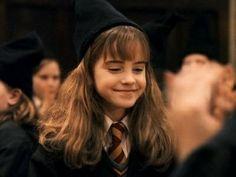 her smile fantastic beasts Harry Potter Hermione, Hermione Granger, Harry Potter Icons, Harry Potter Aesthetic, Harry Potter Love, Harry Potter Universal, Harry Potter Fandom, Harry Potter Characters, Harry Potter World