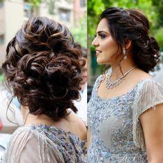 that Braided Bun Hairstyles, Indian Wedding Hairstyles, Bride Hairstyles, Medium Long Hair, Medium Hair Styles, Front Hair Styles, Curly Hair Styles, Hairstyle For Chubby Face, Bridal Hair Buns