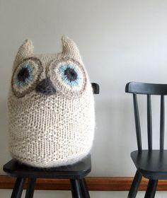 Knitted Big Snowy Owl