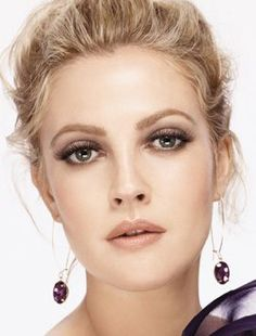 Drew Barrymore showing us how it's done - nude lip + smokey eye = flawless #wedding #makeup