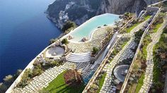 Boutique-hotel experts Mr & Mrs Smith have announced their best hotel award winners for 2014.
