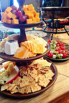Easy Holiday Party Ideas- The Pioneer Woman. These ideas could be used for any gathering. appetizers with wine Easy Christmas Party Ideas