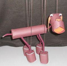 Aprende a hacer una marioneta de un perro salchicha. Realizar marionetas con los niños es una actividad lúdica, si además, las elaboramos con materiales de reciclaje, estaremos sumando unos…