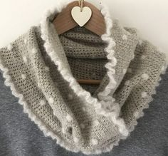 Crochet Club: Bobbly Cowl Tutorial by Kate Eastwood!
