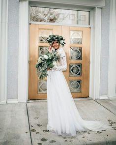 WEBSTA @ ohhappywedding - Buenos días lunes!!! Good morning Monday!!! #ohwblog #boda #bodas #weddings #ideasboda #blogdebodas #detallesboda #blognovias #weddingblogger #weddingplaner #weddingblog #instawedding #bodas2016 #wedding2016 #novios #novia2016 #novia #bodes #bride #winterweddings #bodas2016 #weddingdress #bodasromanticas #romanticwedding #romanticweddingdress #bodas2016 #vestidosromanticos #vestidosnovia #vestidosdenovia #bridal #whitedress