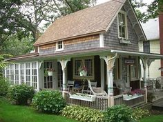 Cozy Cottages - Greenhouse Cottage - this looks like a New England summer cottage - via Brit Morin Small Cottage House Plans, Small Cottage Homes, Tiny House Living, Cozy Cottage, Cottage Style, Small English Cottage, Cottage Porch, House Porch, Romantic Cottage
