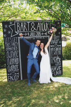Een eigen photobooth, hoe leuk! //Foto: Elise Drenthe van Lola's Events