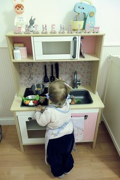 Cuisine Ikea rose et Liberty Felicité Duktig Play kitchen Ikea hacks