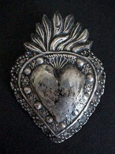 Antique Spanish Colonial Silver, Santos and Fine Religious Art . Mexican Artwork, Mexican Folk Art, Pattern Texture, Metal Embossing, Tin Art, Heart Images, Sacred Heart, Heart Art, Religious Art