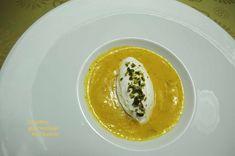 Mousse chocolat blanc, coulis mangue passion gingembre