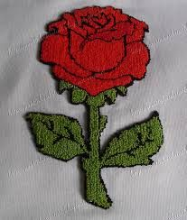 facebook Simple Embroidery, Embroidery Stitches, Flannel Rag Quilts, Punch Needle Patterns, Rug Hooking, Beautiful Paintings, Needlework, Crochet Necklace, Applique