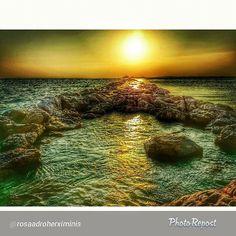 """Una foto espectacular per començar un cap de setmana prometedor! I l'artista és @rosaadroherximinis. Com sempre, moltes gràcies per compartir #VisitRoses !! -->""""Capvespre al espigó. #art_of_nature #aroses #arteemfoco #visitroses #elmeupetit_país #reflexosdelmón #coneixcatalunya #colorscostabrava #superb_shots #9autumn9 #9vaga9 #123colors #tagsforlikes #fayritale_sunset #nature_perfection #instacolor #instaautumn #beautifulnature"""""""