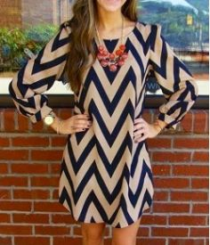 LAST LARGE-Black and Tan Chevron Dress Thank you for stopping by. Super cute Black and Tan Chevron dress in size large. Please feel free to purchase this listing. Price is firm. Beauty And Fashion, Look Fashion, Passion For Fashion, Fashion Design, Dress Fashion, Fashion Women, Autumn Fashion, Trendy Fashion, Classy Fashion