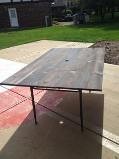 Patio Table. New DIY Wood Plank Top. Using Old Aluminum Table Frame   Old