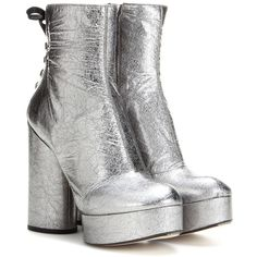 Marc Jacobs Metallic Leather Platform Ankle Boots ($1,074) ❤ liked on Polyvore featuring shoes, boots, ankle booties, heels, silver, platform bootie, metallic ankle boots, short leather boots, bootie boots and metallic booties