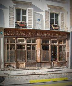Rue des Tournelles, Paris 3e. Février 2016. Retrouvez également Pixdar sur Facebook.