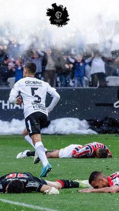 Corinthian Casuals, Corinthian Fc, Corinthians Time, Sport Club Corinthians, Soccer Players, Football Soccer, Most Popular Sports, Sports Clubs, Ronaldo