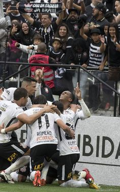 Sport Club Corinthians Paulista Corinthians Time, Sport Club Corinthians, Wallpaper Corinthians, Corinthian Fc, Kratos God Of War, Sports Clubs, Champion, Soccer, Wallpapers