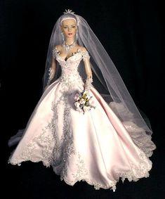 Barbie Bridal, Barbie Wedding Dress, Wedding Doll, Barbie Gowns, Barbie Dress, Barbie Clothes, Wedding Dresses, Barbie E Ken, Barbie Stil