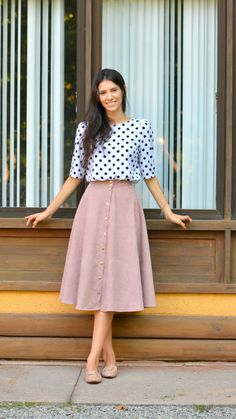 I prefer to keep my patterns on top like this look with plainer skirts and more neutral designs