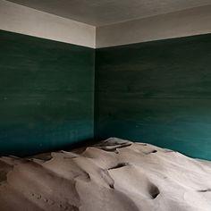 Álvaro Sánchez-Montañés | Indoor desert