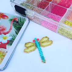 Broche libellule #mescreations #miyukiaddict #miyuki #creations #perles #broche #brickstitch #vacances #profiter