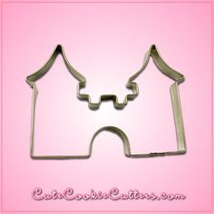 You're the queen of cookies, and every royal needs a fitting palace. Make yourself an abode worthy of a baking monarch of yourself with the Castle Cookie Cutter