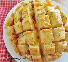 Cheesy Bacon Ranch Bread by The Country Cook, via Flickr