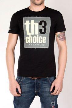 Logo reciclado  Tallas: S, M, L, XL, XXL  Color: Negro  Precio: 65€