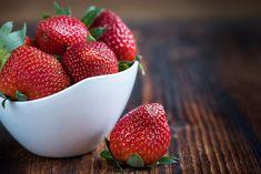 Jugos naturales saludables en Bogotá. Healthy Low Calorie Snacks, Zero Calorie Foods, Healthy Recipes, Healthy Foods, Healthy Heart, Healthy Fruits, Healthy Nutrition, Healthy Skin, Strawberry Health Benefits