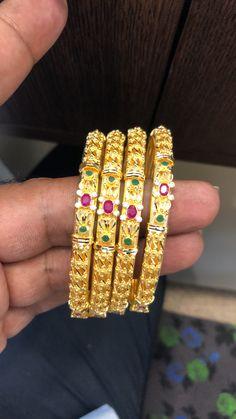 Snap Snapchat, Gold Bangles, Jewels, Gemstones, Jewerly, Jewlery, Gems, Fine Jewelry, Jewelry
