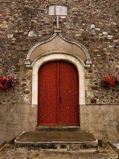abriendo-puertas: Church Portal, France