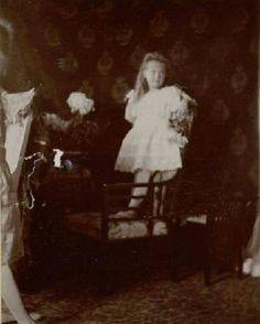 "One of a series of photos taken of the Grand Duchess Anastasia Nikolaevna Romanova of Russia's photoshoot of 1906. ""AL"" #Anastasia #Romanov"