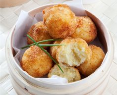 Cheese and rice balls with chilli sauce about 16 balls http://tastic-redpot.co.za/feature-recipes/96-cheese-and-rice-balls-with-chilli-sauce-about-16-balls.html