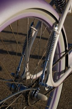 Road Kandy Twinbar ........ This bike looks cool! It will look cooler and safer if it has wheel lights. Check out our bike wheel lights at www.activ-life.com.activ-lites