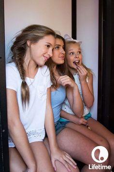 CELEBRIDADES FEMENINAS Por E TValens: Mackenzie Ziegler: La hermosa hermana menor de Maddie. Que se esta poniendo bellísima.