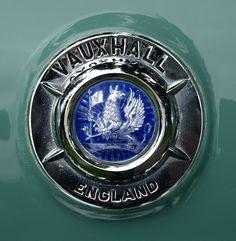 vauxhall_emblem_england_
