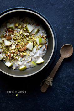 Pear, Pistachio Oatmeal via The Food Club #recipe