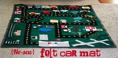 Homemade Gifts For Kids: No sew felt car mat. Car Play Mats, Car Mats, Homemade Christmas Gifts, Homemade Gifts, Homemade Toys, Handmade Christmas, Operation Christmas Child, Felt Diy, Felt Crafts