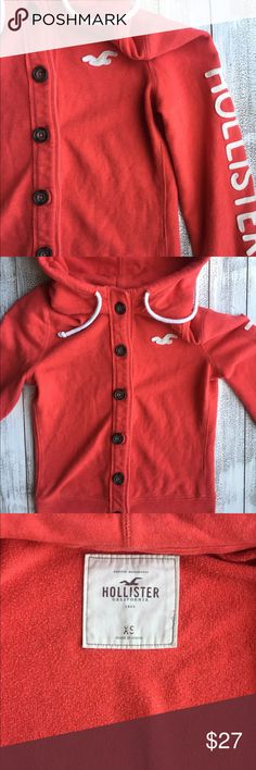 HOLLISTER SWEATER Hollister sweater with hood. Size XS. Wonderful condition. Questions are welcome! Hollister Sweaters