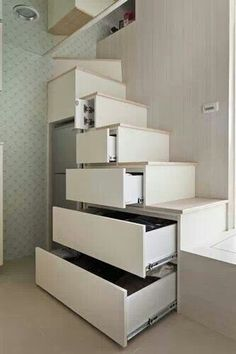 Stairs & drawers