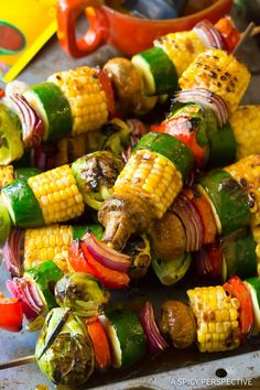 Grilled Vegetable Kabobs: A healthy vegetarian skewer recipe loaded with fresh summer veggies and fajita butter. A fabulous side dish for picnics! Grilled Vegetable Kabobs: A healthy vegetarian skewer recipe loaded with fresh summer veggies and Vegetarian Skewers, Vegetarian Recipes, Cooking Recipes, Healthy Recipes, Healthy Summer Snacks, Vegetarian Barbecue, Vegetarian Picnic, Oats Recipes, Grill Recipes